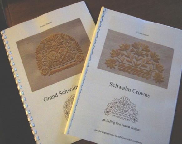 Schwalm Crowns by Luzine Happel