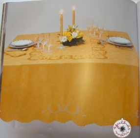 Tablecloth in colour