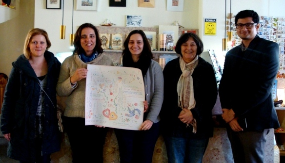 Douturandos de Belas Artes com a nossa anfitriã, a Rita e eu