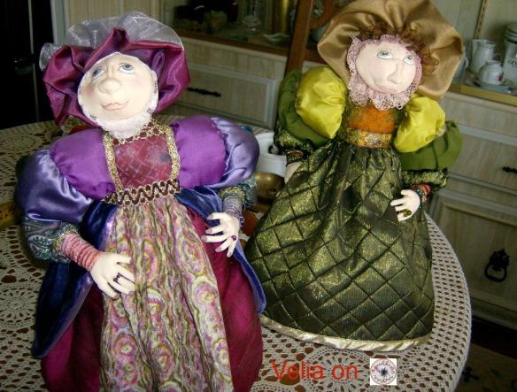 The Queen's ladies 001