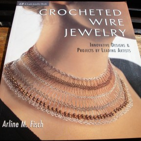 1- new book abour wire jewellery - a gift